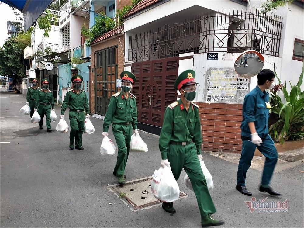 Tổ dân phố lên đơn chung qua Google Drive, hàng về bộ đội giao tận nhà