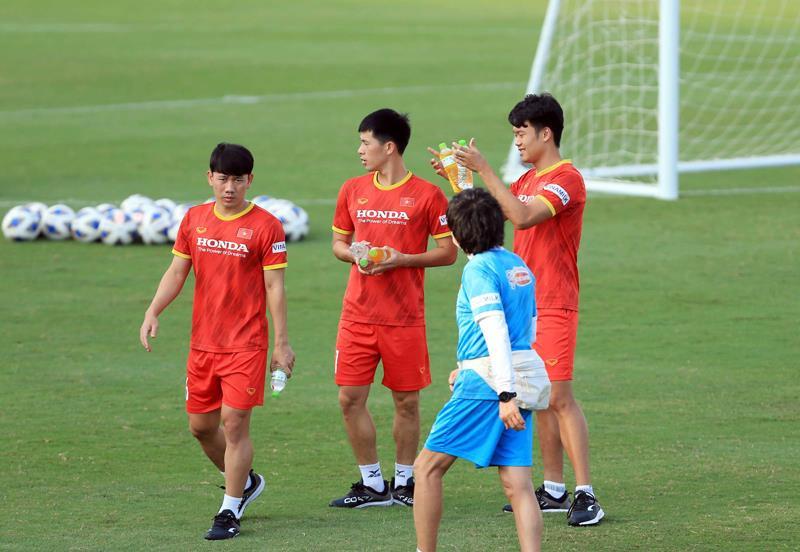 Tuyển Việt Nam đấu U22 Việt Nam trước ngày dự vòng loại 3 World Cup 2022 - 3