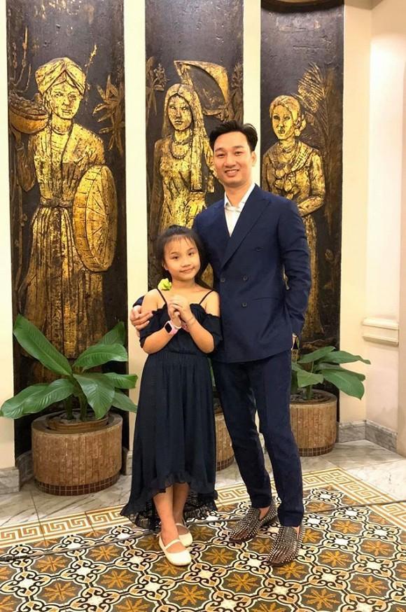 Con gái cưng nhà MC Thành Trung bất chấp để yêu idol Kpop-1