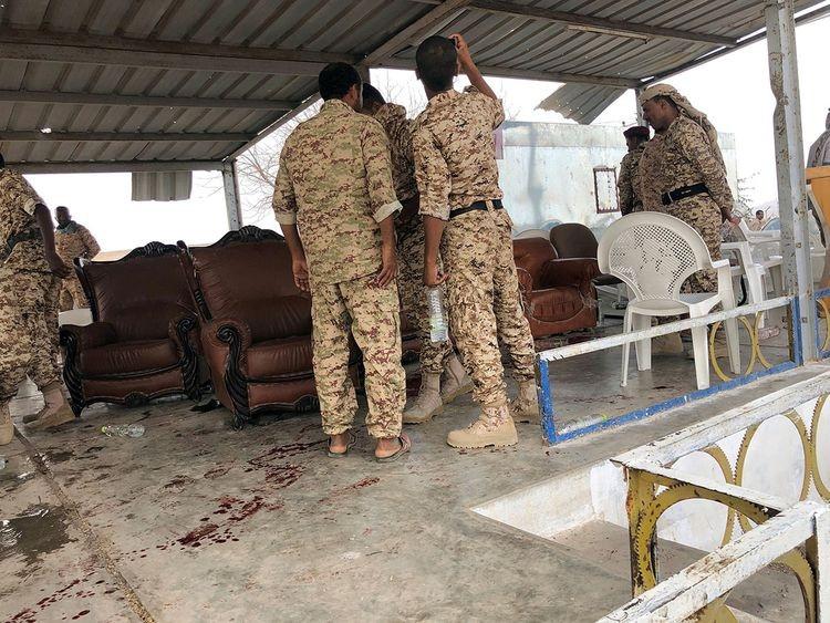 Yemen: Giữa bế tắc hòa giải, căn cứ quân sự lớn nhất bị không kích, ít nhất 30 người thiệt mạng