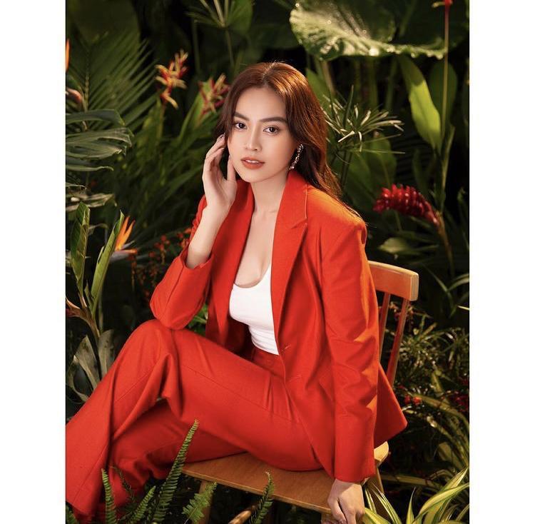 Nhã Phương, Lan Ngọc mix đồ với áo vest chuẩn style soái tỷ-7