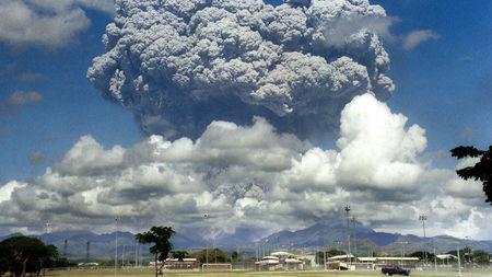 Những vụ phun trào núi lửa lớn trong tương lai có thể làm mát Trái đất mạnh hơn - Ảnh 1.