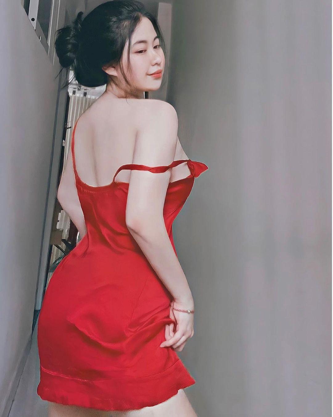 Cô béo xinh đẹp nổi tiếng Đà Nẵng nhờ mẹ may đồ gợi cảm giống thần tượng - 9