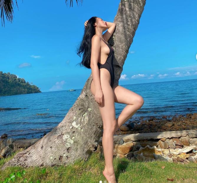 Tình cũ Lương Bằng Quang xả ảnh bikini, độ tinh tế đè bẹp Ngân 98-9