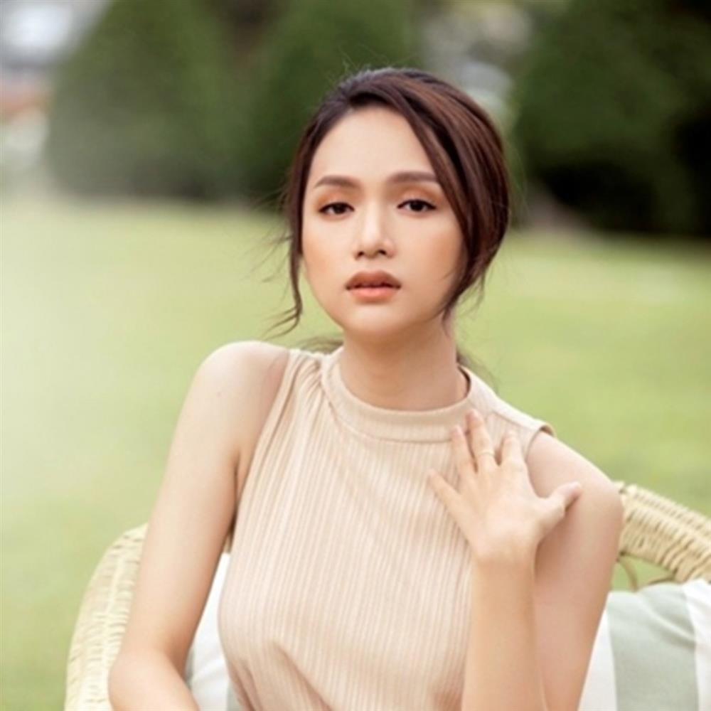 Hương Giang từng dập mic Chi Pu, tình chị em có chắc bền lâu?-2