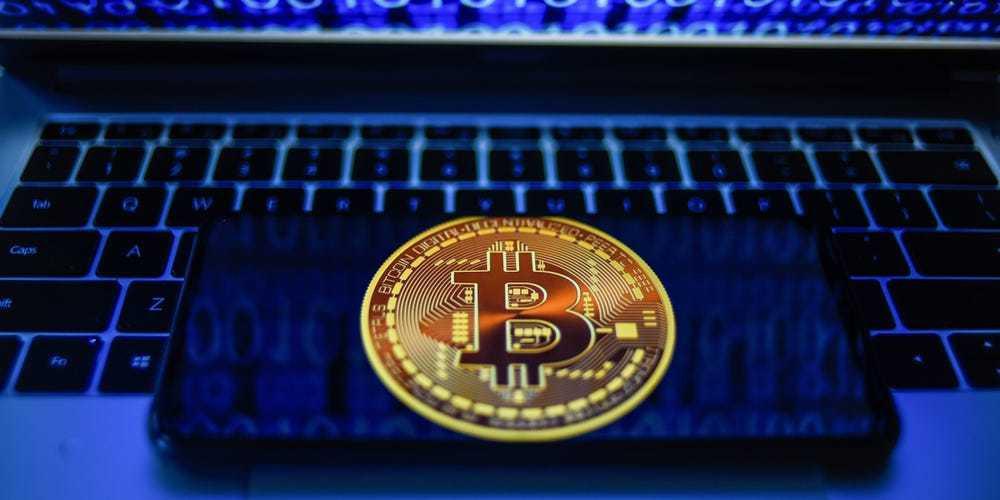 Đào Bitcoin tốn điện gấp 7 lần Google