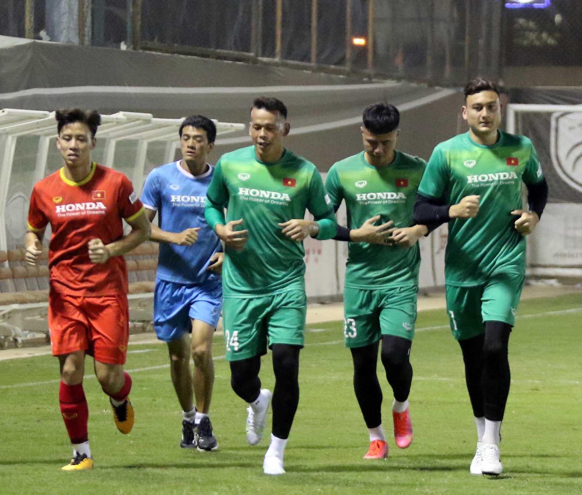 Vì sao HLV Park Hang Seo không thể dùng Công Phượng đấu Australia? - 2