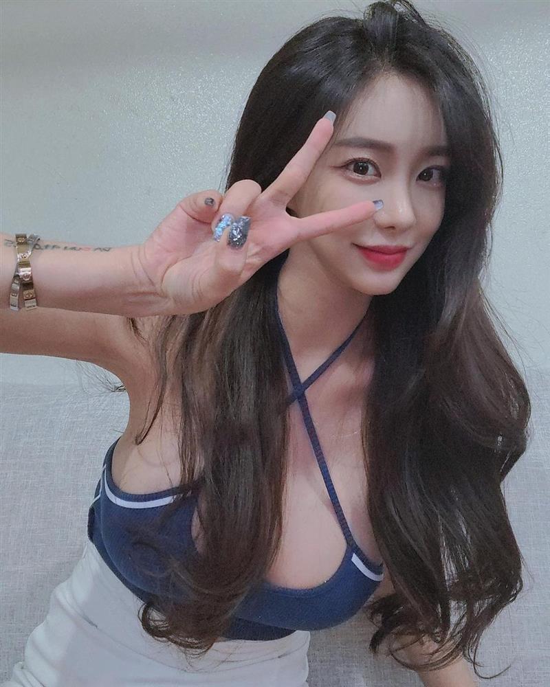 Sao nữ vào tù vì tống tiền Lee Byung Hun nay sống cực sang chảnh-6
