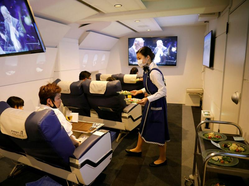 Hãng hàng không chở khách