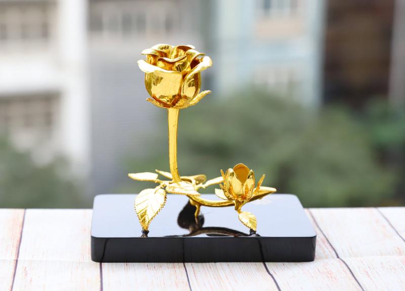 Hoa hồng mạ vàng dành cho các nữ doanh nhân