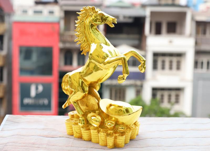Tượng Ngựa thịnh vượng như một lời chúc công thành danh toại