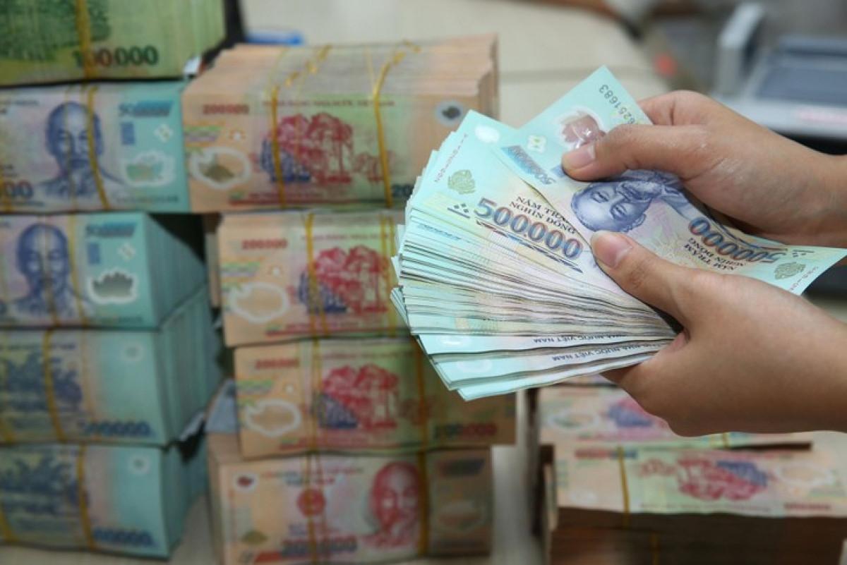 Chính phủ đã chi 266.785 tỷ đồng để trả nợ trong 8 tháng năm 2021. (Ảnh minh họa: KT)