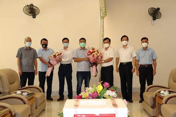 Đáp lại ân tình, Bắc Giang nhanh chóng cử hơn 800 nhân viên y tế hỗ trợ thủ đô chống dịch - Ảnh 2.