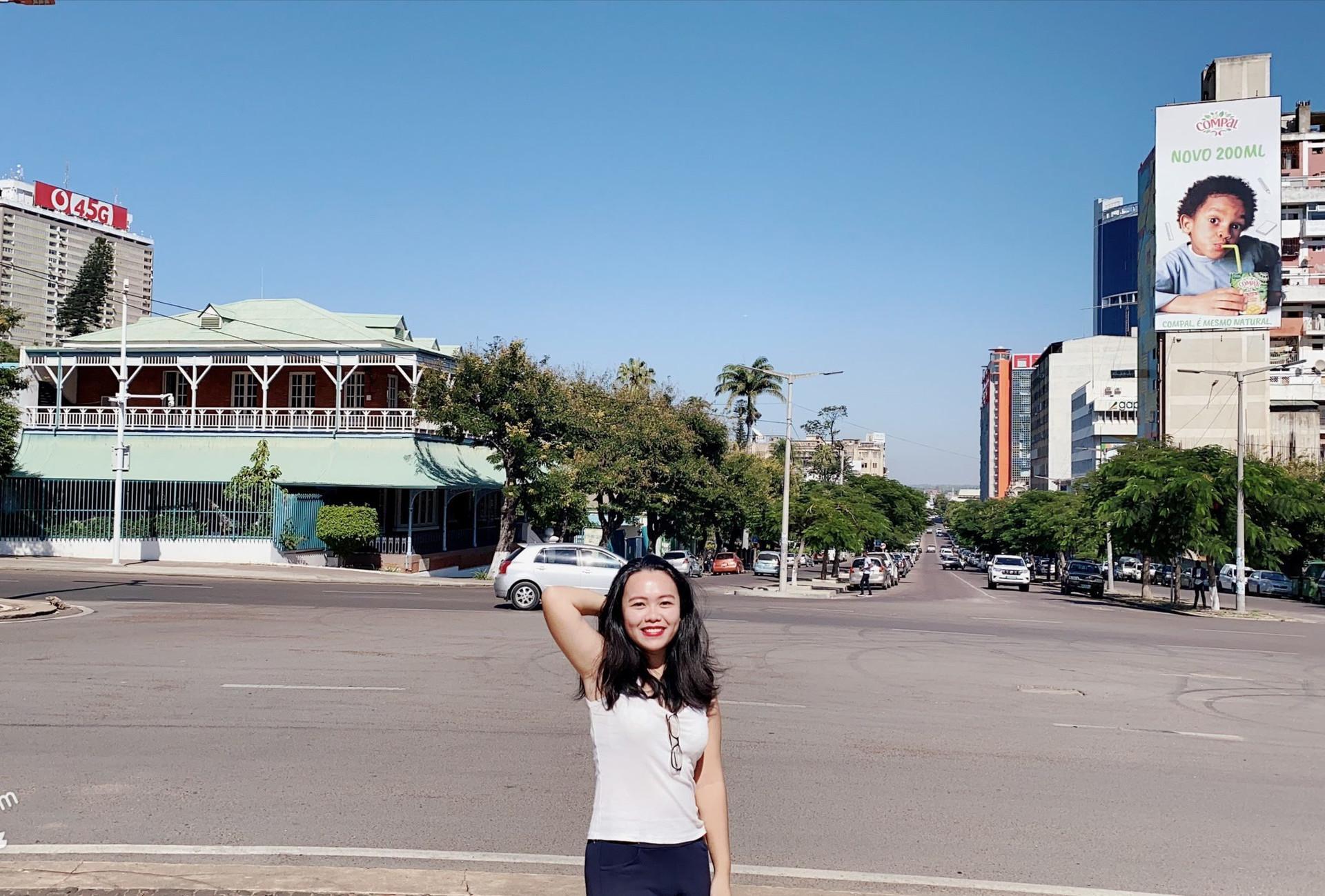 14 tháng du lịch 7 nước, cô gái Việt kể trải nghiệm cảm giác 'cận kề cái chết' - 1