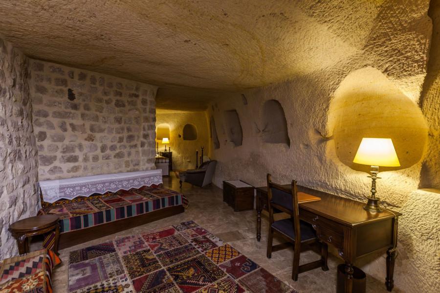 Khách sạn hang đá ở Thổ Nhĩ Kỳ 'sang chảnh' không kém resort nổi tiếng - 3