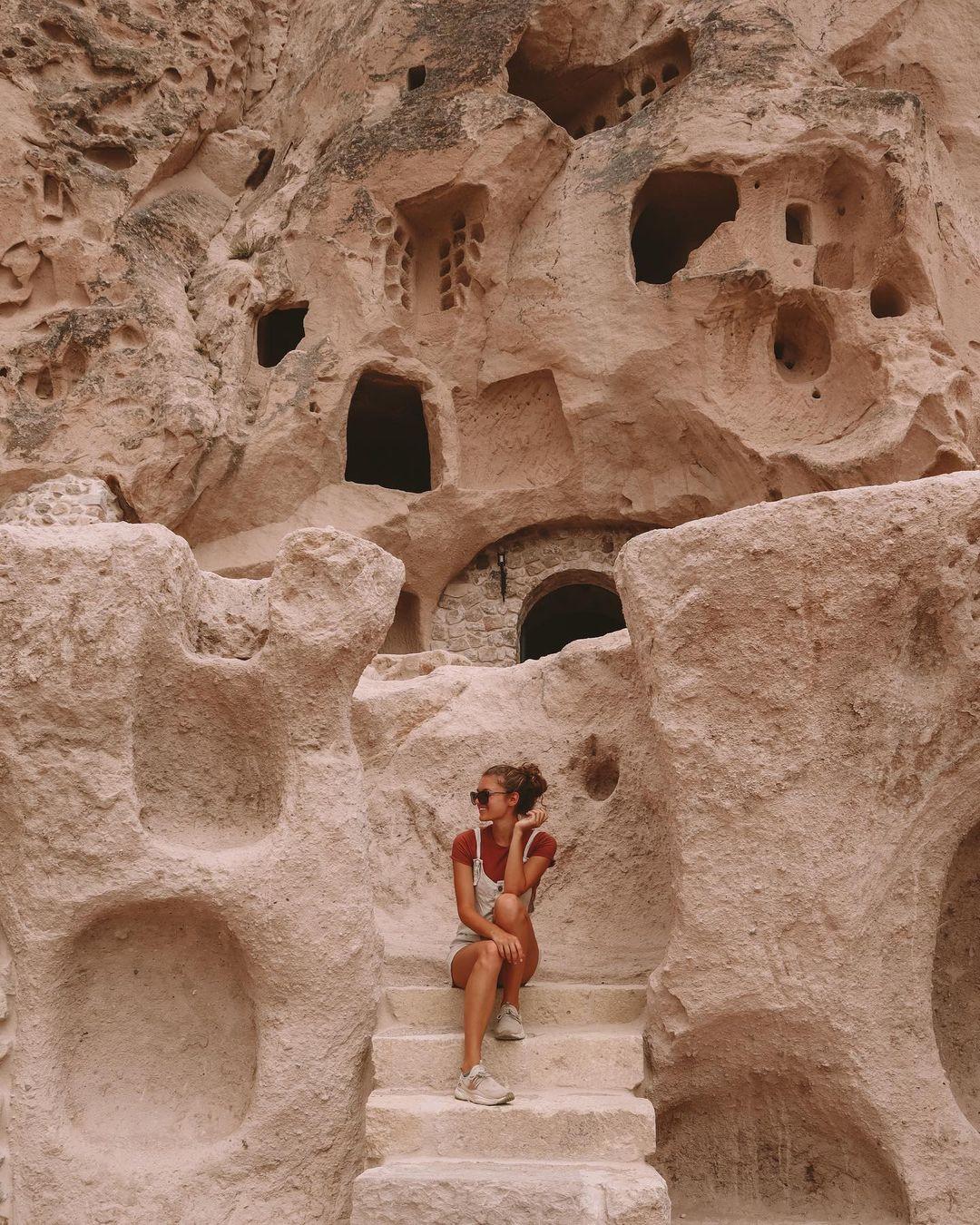 Khách sạn hang đá ở Thổ Nhĩ Kỳ 'sang chảnh' không kém resort nổi tiếng - 11