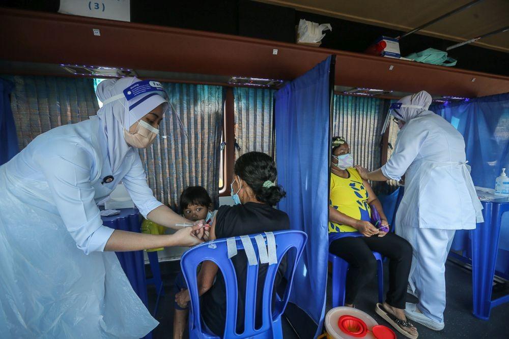 Covid-19: Malaysia, Hungary chứng minh vaccine giúp giảm thấp nhất tỷ lệ tử vong; Mỹ sẽ tiêm vaccine cho trẻ 5-11 tuổi