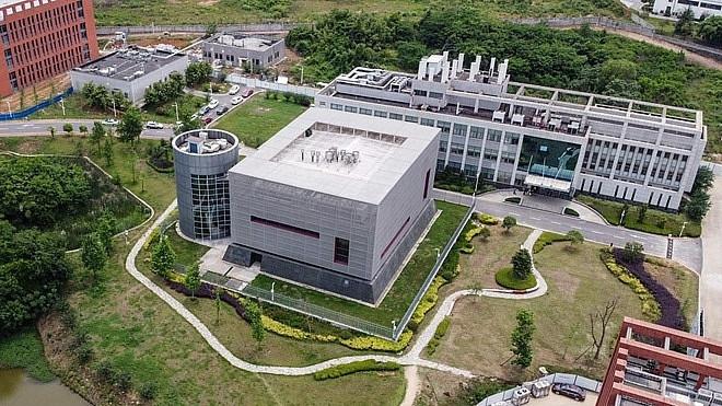 Phòng thí nghiệm trong Viện Virus học Vũ Hán trở thành tâm điểm của các nghi vấn về nguồn gốc Covid-19 nhưng Trung Quốc đã bác bỏ nghi vấn này (Ảnh: Times).