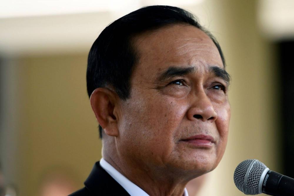 (02.23) Thủ tướng Prayut Chan-o-cha đã vượt qua cuộc bỏ phiếu bất tín nhiệm, song sóng gió vẫn còn ở phía trước. (Nguồn: Reuters)