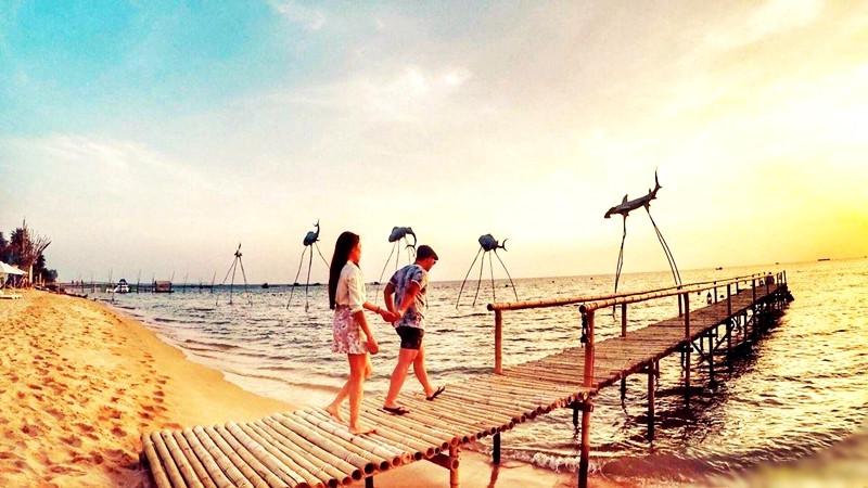 Cơ hội vàng cho doanh nghiệp du lịch Việt đón khách quốc tế đến Phú Quốc - 1