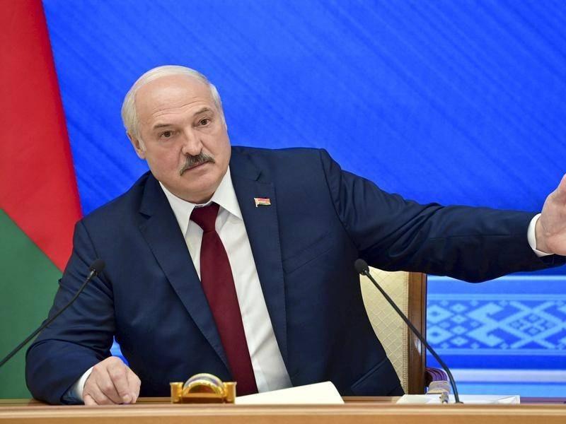 Mỹ, Anh, Canada 'liên thủ' tung đòn dồn dập vào Belarus, Tổng thống Lukashenko vội nói điều này. (Nguồn: The Canberra Times