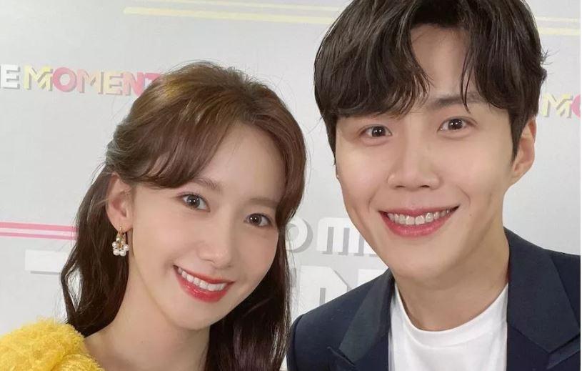 Đang hạnh phúc với Shin Min Ah ở 'Hometown Cha-Cha-Cha', Kim Seon Ho đã vội tới bên Yoona