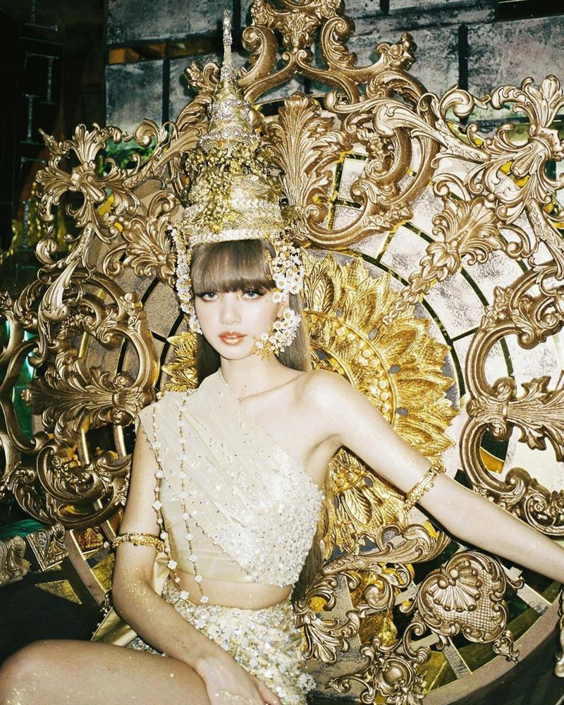 Trang phục truyền thống Thái Lan bán đắt hàng nhờ Lisa-2