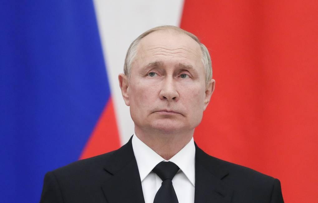 Tổng thống Nga Vladimir Putin phải tự cách ly