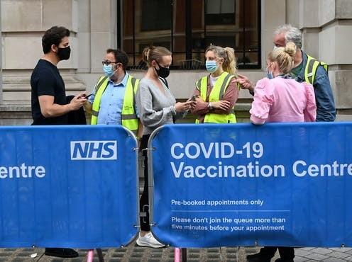 Covid-19: 99% ca tử vong tại Anh chưa tiêm đầy đủ; Ukraine công bố hộ chiếu vaccine