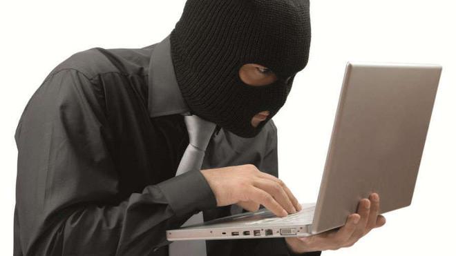 Hacker bị tóm gọn vì sai lầm ngớ ngẩn - Ảnh 1.