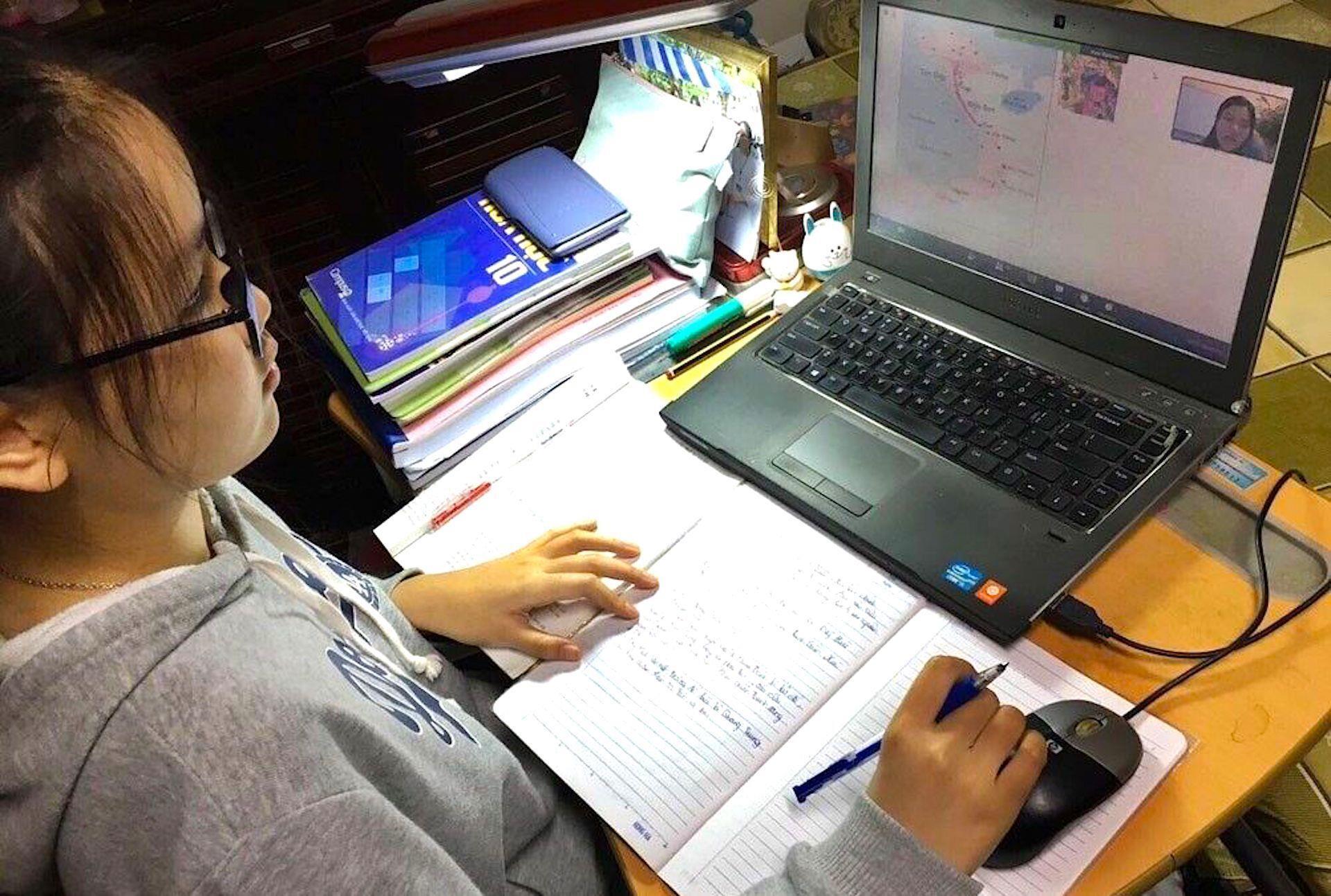 Học online nhàm chán, học sinh ngủ gật: Giáo viên cần làm gì? - 1