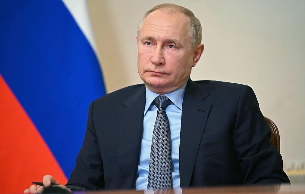 Tổng thống Nga hy vọng được bảo vệ sau khi phải tự cách ly