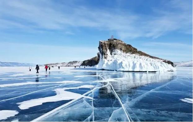 Những hồ nước đẹp như tranh tạo nên khung cảnh thần tiên trên Trái đất - 9