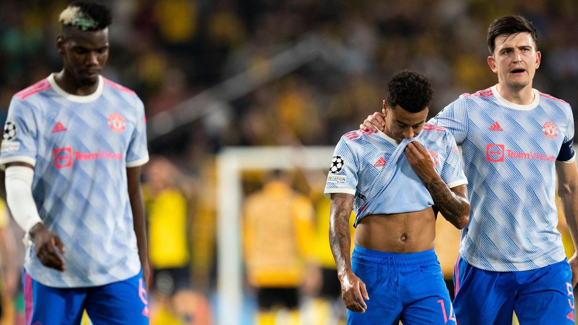HLV Solskjaer sai lầm khiến Man Utd thua bẽ mặt ở Champions League - 4