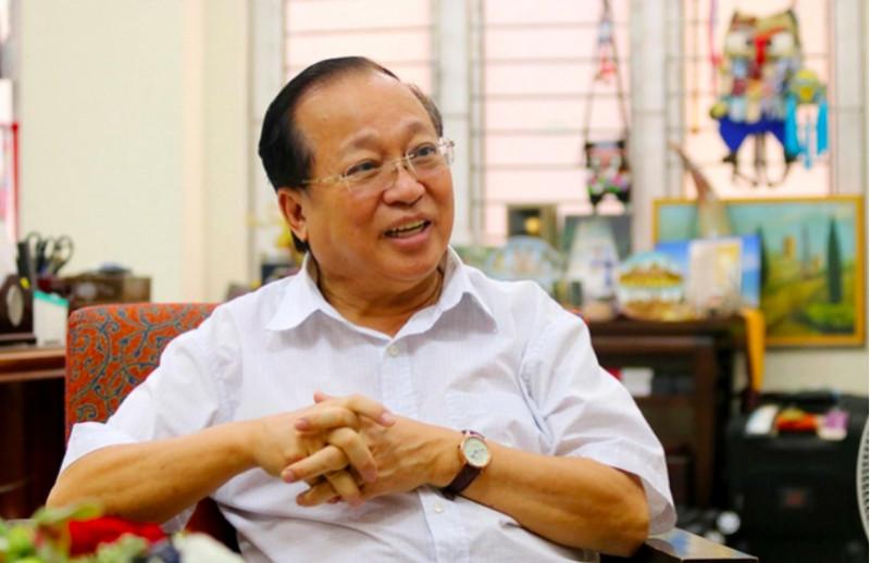 GS Hà Tôn Vinh đã làm rõ hơn vấn đề tại sao doanh nghiệp lại chuyển đổi số trong buổi workshop chiều 15/9