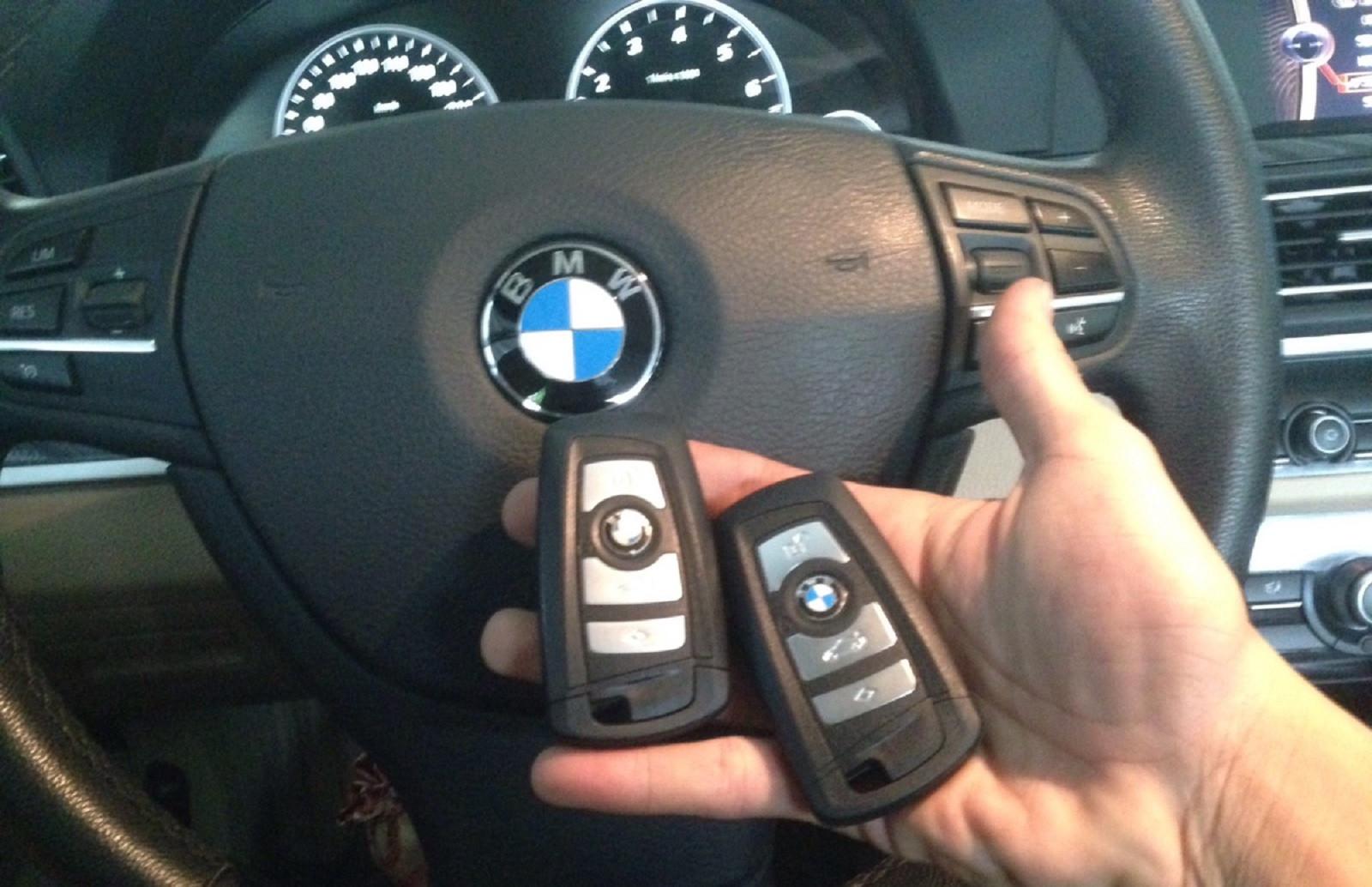 chìa khóa xe ô tô