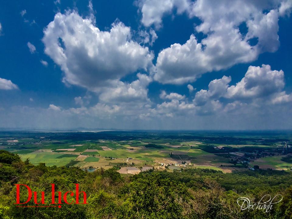 Chuyến săn mây cực thú trong hành trình chinh phục đỉnh núi Bà Đen - 9