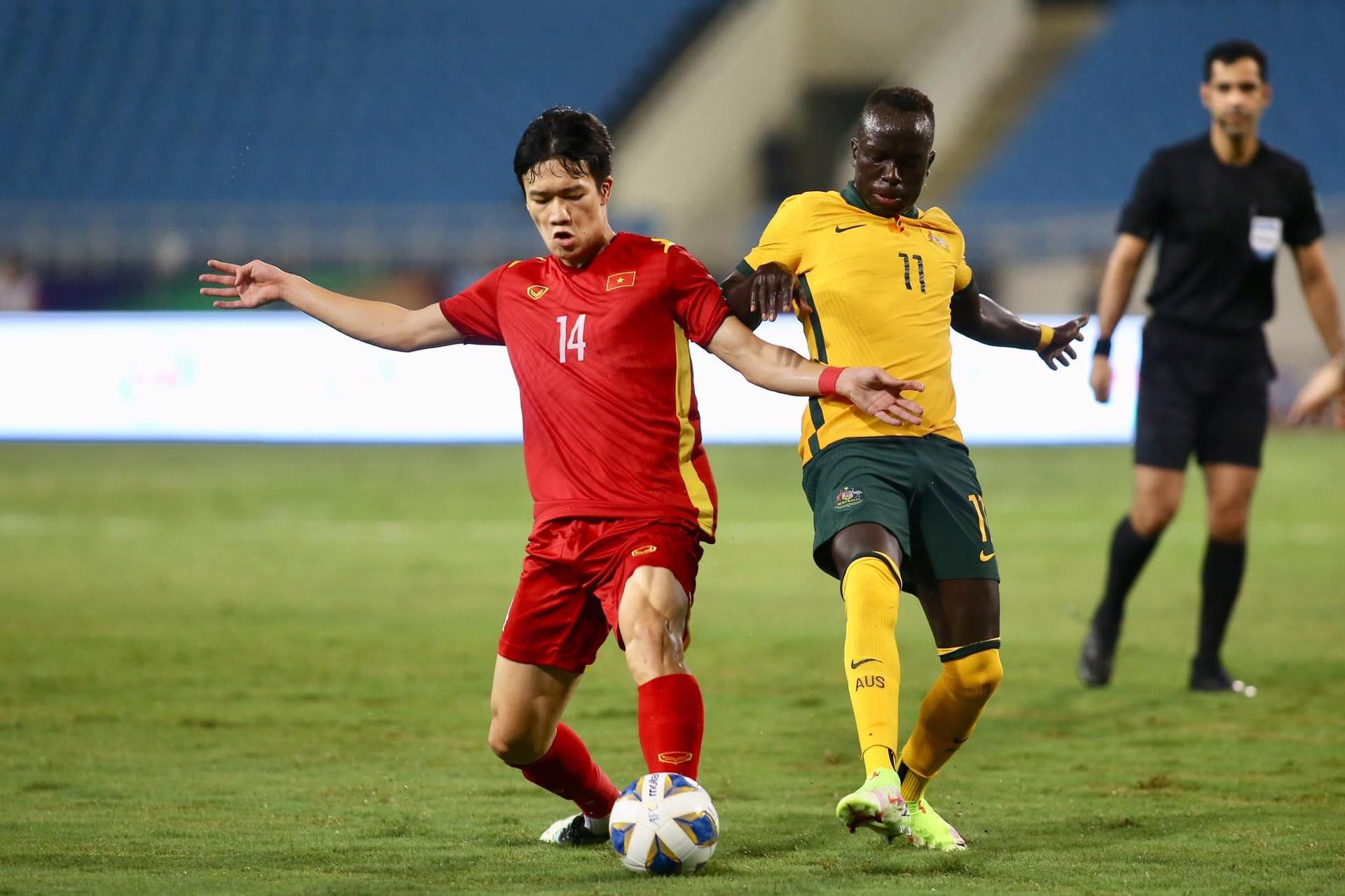 Tuyển Việt Nam tụt 3 bậc trên bảng xếp hạng FIFA - 1