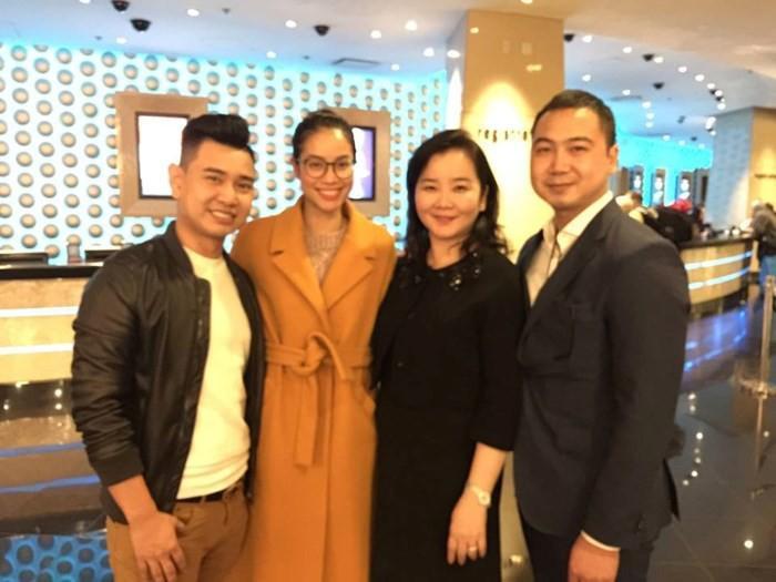 Ảnh chồng Lan Khuê sang Mỹ cổ vũ Phạm Hương bị đào mộ-3