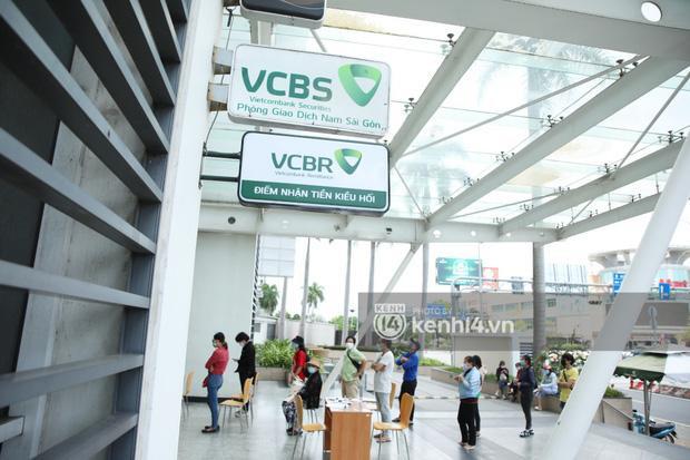 Thủy Tiên công khai sao kê tại ngân hàng: Đúng 177 tỷ đồng-1