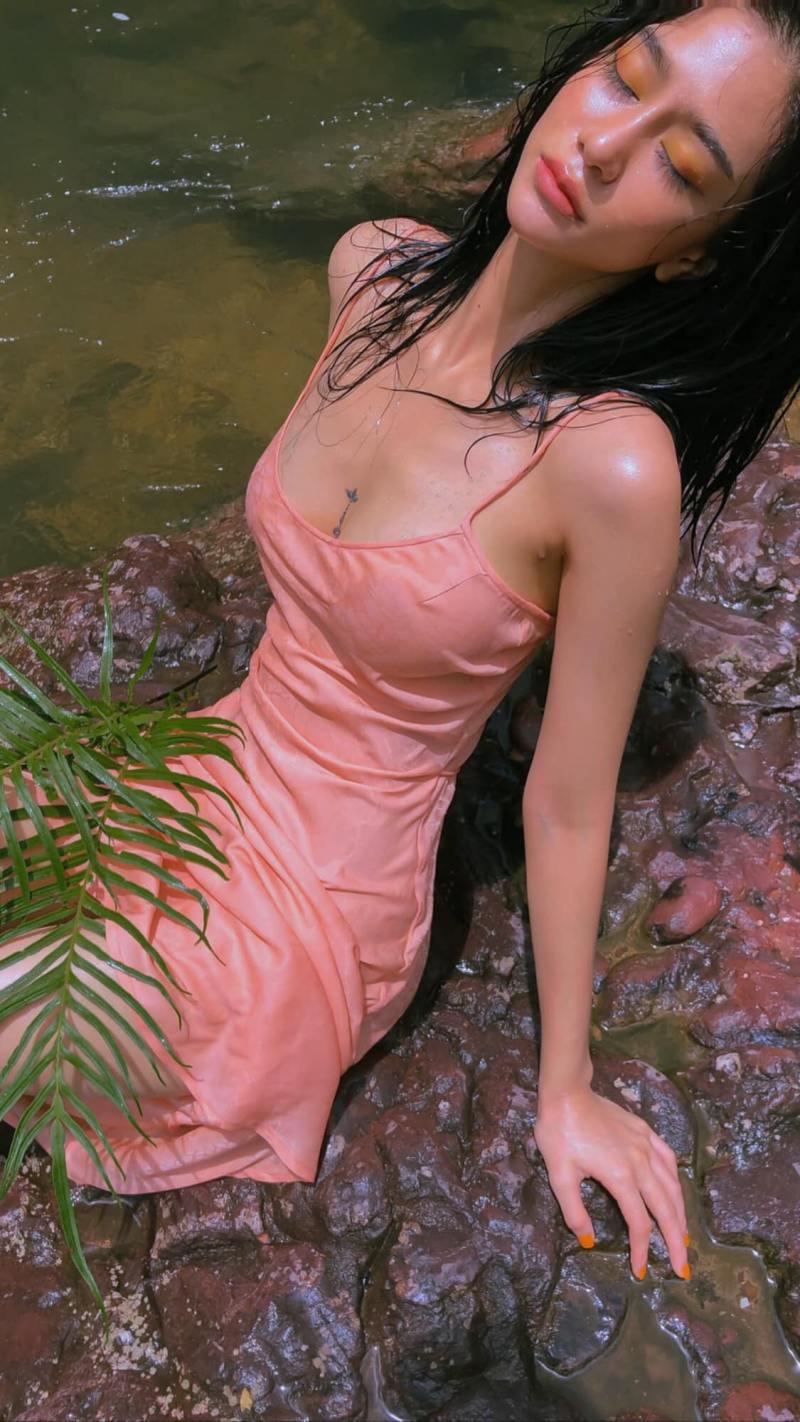"""Ảnh thời trang """"tiên nữ tắm suối"""" của mỹ nữ Quảng Ninh từng ném danh hiệu vào thùng rác - 4"""