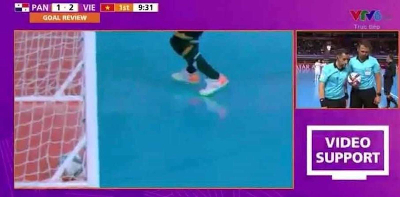 Trọng tài chọn cách an toàn khi từ chối bàn thắng của tuyển futsal Việt Nam - 1