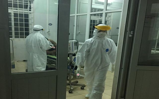 Quảng Trị ghi nhận 10 ca dương tính với SARS-CoV-2, phong tỏa tạm thời nhiều địa điểm - Ảnh 2.