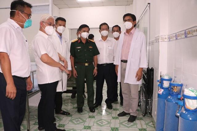 Bình Dương ra mắt trạm y tế lưu động đầu tiên trong doanh nghiệp của cả nước - Ảnh 1.