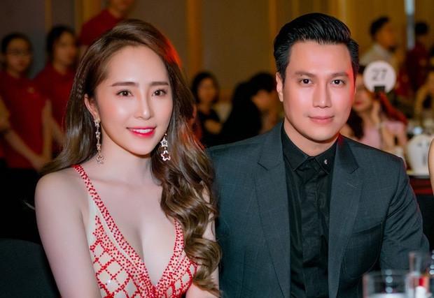 Quỳnh Nga giải thich về nghi vấn sống chung nhà với Việt Anh