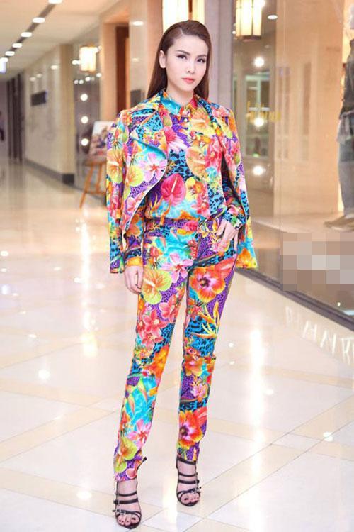 Sao Việt phối đồ màu sắc: Người chất chơi - kẻ như tắc kè hoa-10