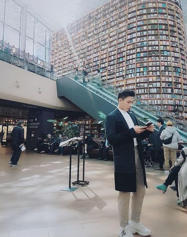 Isaac khoe tài mix đồ đẹp tựa soái ca Hàn Quốc-5