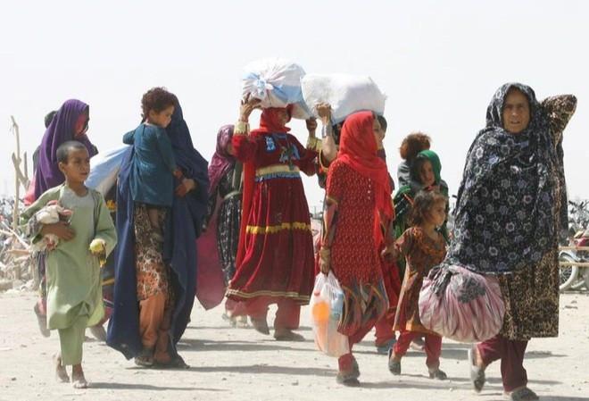 Kinh tế Afghanistan có thể sụp đổ bất cứ lúc nào, quốc tế cam kết hỗ trợ