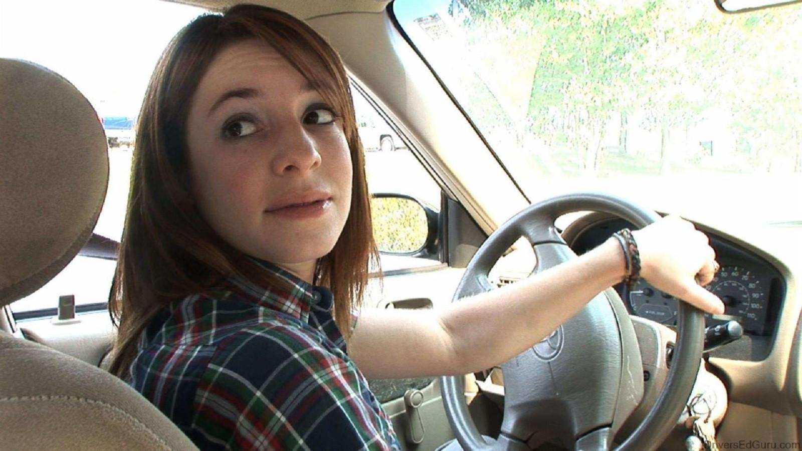 đánh lái lùi xe