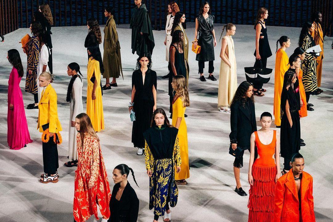 Những nhà thiết kế Mỹ La Tinh danh tiếng trong ngành thời trang - 5